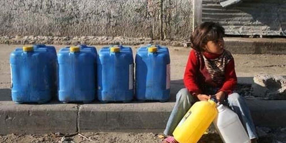 Les citernes d'eau en Cisjordanie sont souvent ciblées par l'armée israélienne, privant d'eau la population palestinienne. © Iyad El Baba/UNICEF-oPt