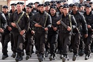 La police de l'Autorité palestinienne abuse de la force