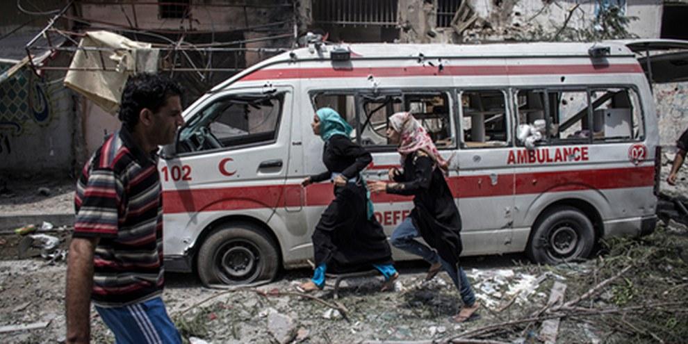 «Aucun véhicule n'est à l'abri d'une attaque. L'autre jour, une attaque de drone a détruit ce qui était clairement une ambulance.» © EPA/OLIVER WEIKEN