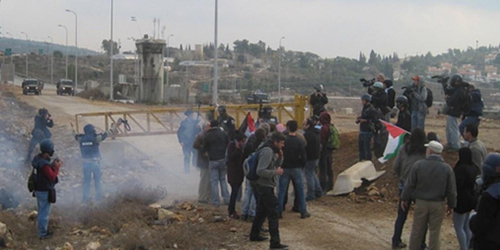 La police et l'armée israéliennes ont riposté aux jets de pierre par une force excessive. © AI