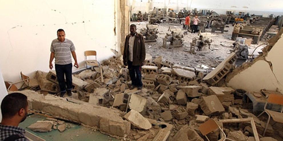 Des combats entre groupes armés rivaux ont fait de nombreux morts et endommagé des biens civils. © ABDULLAH DOMA/AFP/Getty Images