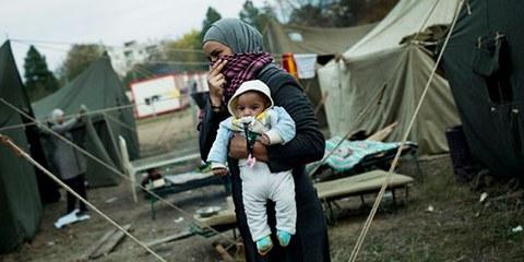 Le nombre de réfugiés originaires de Syrie dépasse actuellement les 2,4 millions. © UNHCR/D.Kashavelov