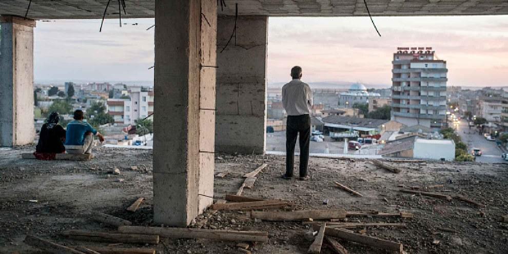 Groupe de refugiés qui a fuit l'affrontation entre SYD et EI. © Ozge Elif Kizil/Anadolu Agency/Getty Images