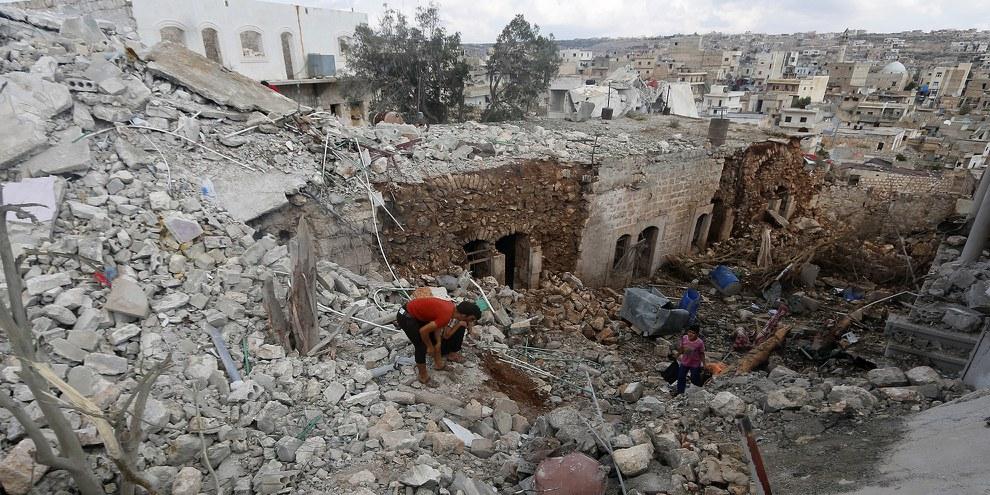 Cinq organismes humanitaires locaux ont indiqué que les réserves alimentaires d'Alep pourraient être épuisées d'ici deux semaines. © REUTERS/Ammar Abdullah