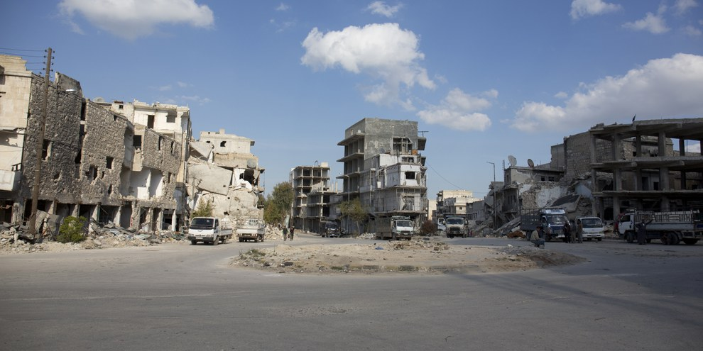 Destruction des infrastructures publiques et de résidences à Alep en Syrie, avril 2015. © Amnesty International (Photo: Mujahid Abu al-Joud).