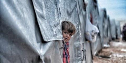 Les conséquences de la guerre sont dévastatrices pour les enfants. Selon l'UNICEF, près de 12000 enfants ont été blessés ou tués entre 2011 et 2020.  © Shutterstock/quetions123