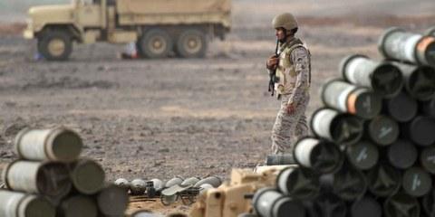 Un soldat saoudien sur une base militaire proche de la frontière yéménite, avril 2015.©  AFP/Getty Images