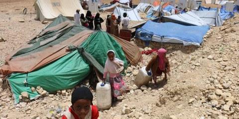 Le camp de Khamir accueille des personnes déplacées par les bombardements. © Amnesty International