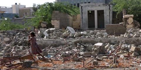 Sept familles, avec plus de 20 enfants, font partie des personnes récemment déplacées du gouvernorat de Hodeidah, dans l'ouest du Yémen. L'ONU estime que plus de 100 000 personnes ont été déplacées lors de l'offensive terrestre et aérienne entre décembre 2017 et mai 2018. © Amnesty International