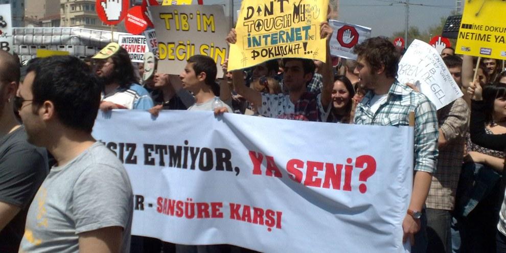 Manifestation à Istanbul. © Flickr