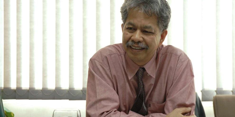 Khun Somchai Homlaor au travail, le 27 novembre 2007. ©Cross Cultural Foundation