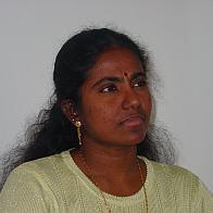 La Sri Lankaise Premawathi Consalvey fait partie des lauréates du prix «Femme exilée, femme engagée» 2004, un prix qui rend hommage aux femmes exilées vivant en Suisse. © Maria Petschen