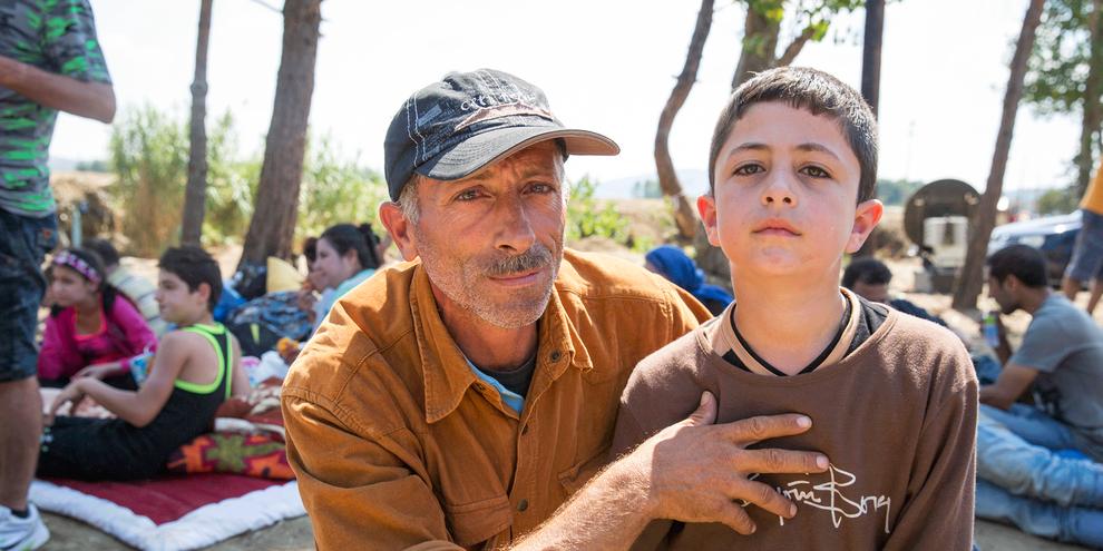 Dans la nuit du 18 novembre 2015, la Macédoine, la Serbie et la Croatie ont changé leur gestion des frontières de manière soudaine, refusant de laisser passer les personnes ne pouvant pas prouver qu'elles venaient de Syrie, d'Irak ou d'Afghanistan. © Amnesty International/Richard Burton