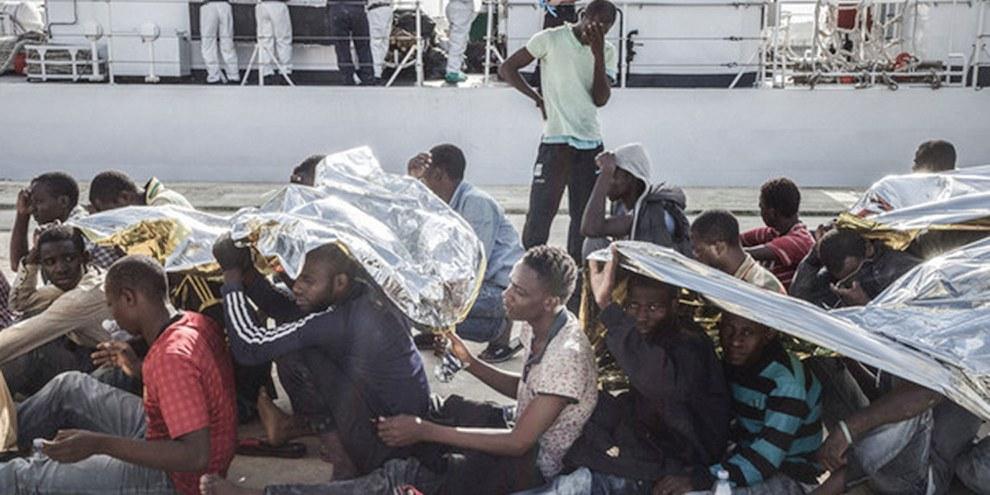 La Méditerranée est l'itinéraire maritime le plus dangereux pour les réfugiés et les migrants. En 2014, trois mille cinq cents personnes y ont laissé la vie.  © Giles Clarke/Getty Images Reportage
