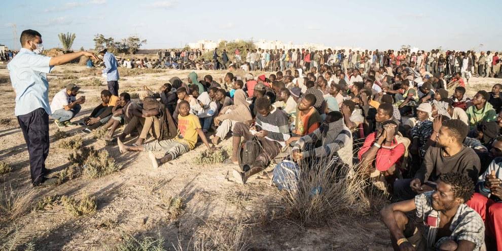 Réfugié·e·s et migrant·e·s en Libye. © TAHA JAWASHI