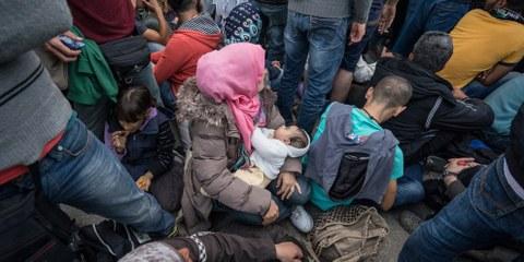 Être femme et réfugiée, un double fardeau