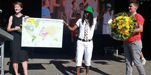 Kasha Jacqueline Nabagasera et la Conseillère fédérale Simonetta Sà la Zurich Pride, Juin 2012 © Martin Reinhart
