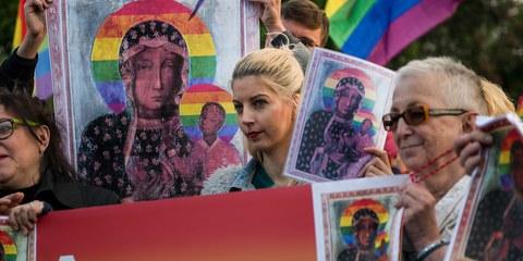 Stop aux poursuites contre Elzbieta Podlesna