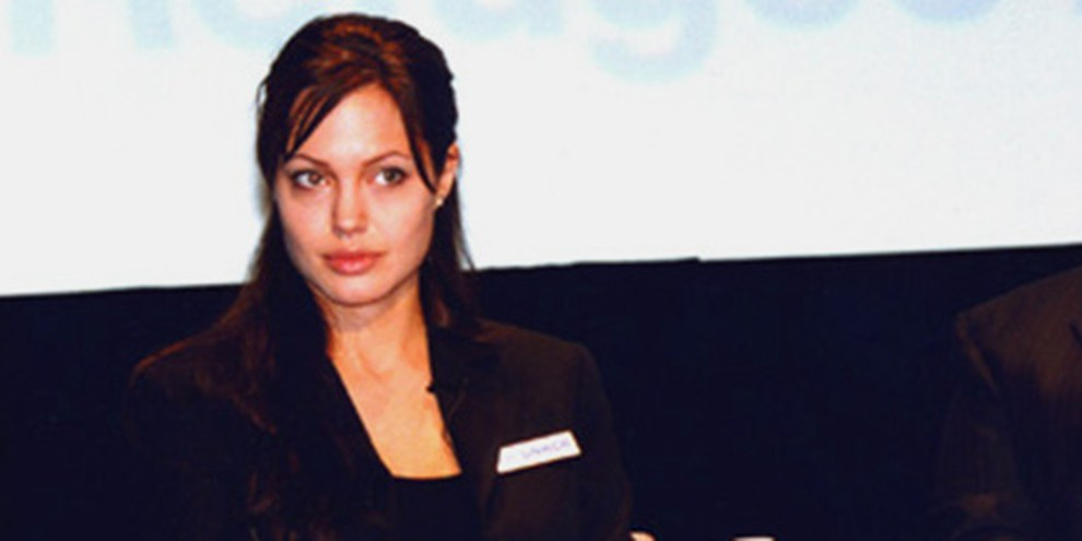 Angelina Jolie préside le sommet en sa qualité d'envoyée spéciale du HCR. © DR
