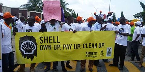 Shell verse 55 millions de livres sterling aux victimes des fuites de pétrole