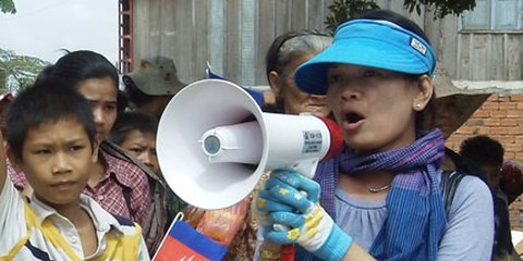Tol Srey Pov (à droite), une des femmes libérées. © DR