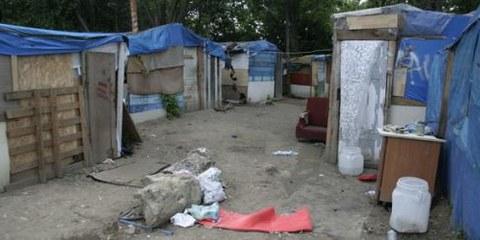Environ 150 Roms ont été expulsés de force de ce campement informel à Noisy-le-Grand. © AI