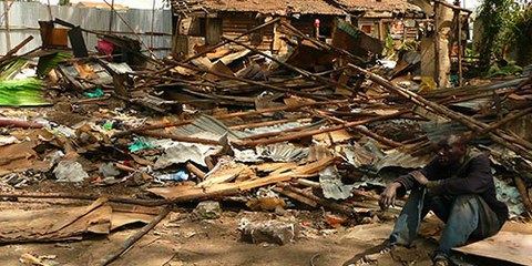 Cet homme a tout perdu lors des expulsions de City Carton. Nairobi, Kenia, mai 2013 © Amnesty International