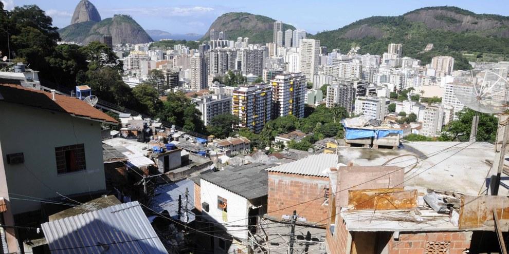 Favelas à Rio de Janeiro ©  Giuseppe Bizzarri / Demotix