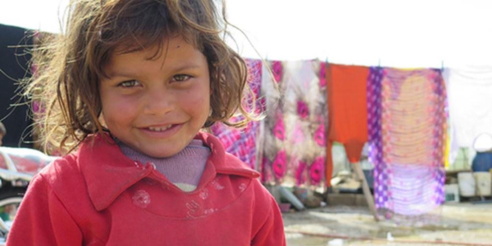 Oltre un milione di rifugiati siriani si trova attualmente in Libano, come questa bimba nella valle di Bekaa.  © AI
