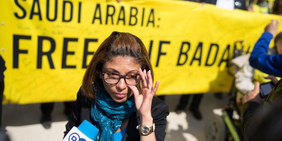 Ensaf Haidar a una manifestazione in sostegno del marito Raif Badawi, 22 maggio 2015 a Berlino.
