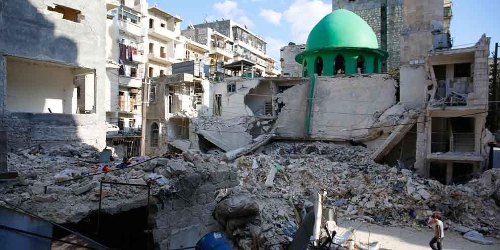 La moschea  Ibrahim al-Khalil di Aleppo dopo un bombardamento, 27 marzo 2015. © Amnesty International