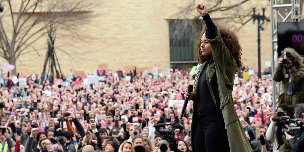 Alicia Keys durante la Marcia delle donne, il 21 gennaio 2017, a Washington DC © Kevin Mazur/WireImage.