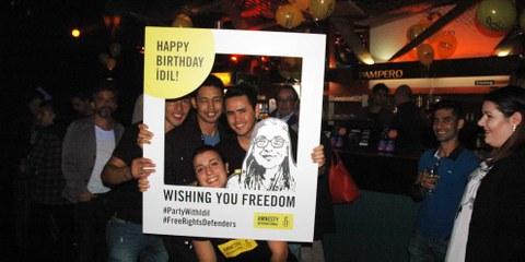 Party per Idil in Lugano. © Amnesty International