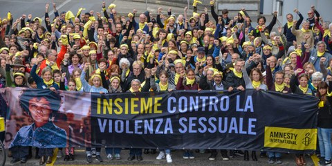 Agire contro le violenze sessuali su donne e bambine