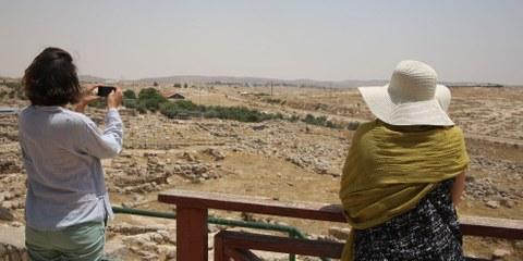 Il governo israeliano ha sfrattato con la forza centinaia di palestinesi per trasformare le rovine di Susya, nel sud della Cisgiordania, in un'attrazione turistica. © Amnesty International