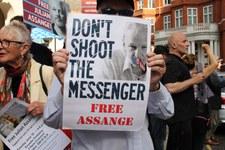 Julian Assange: Al via l'udienza per l'estradizione